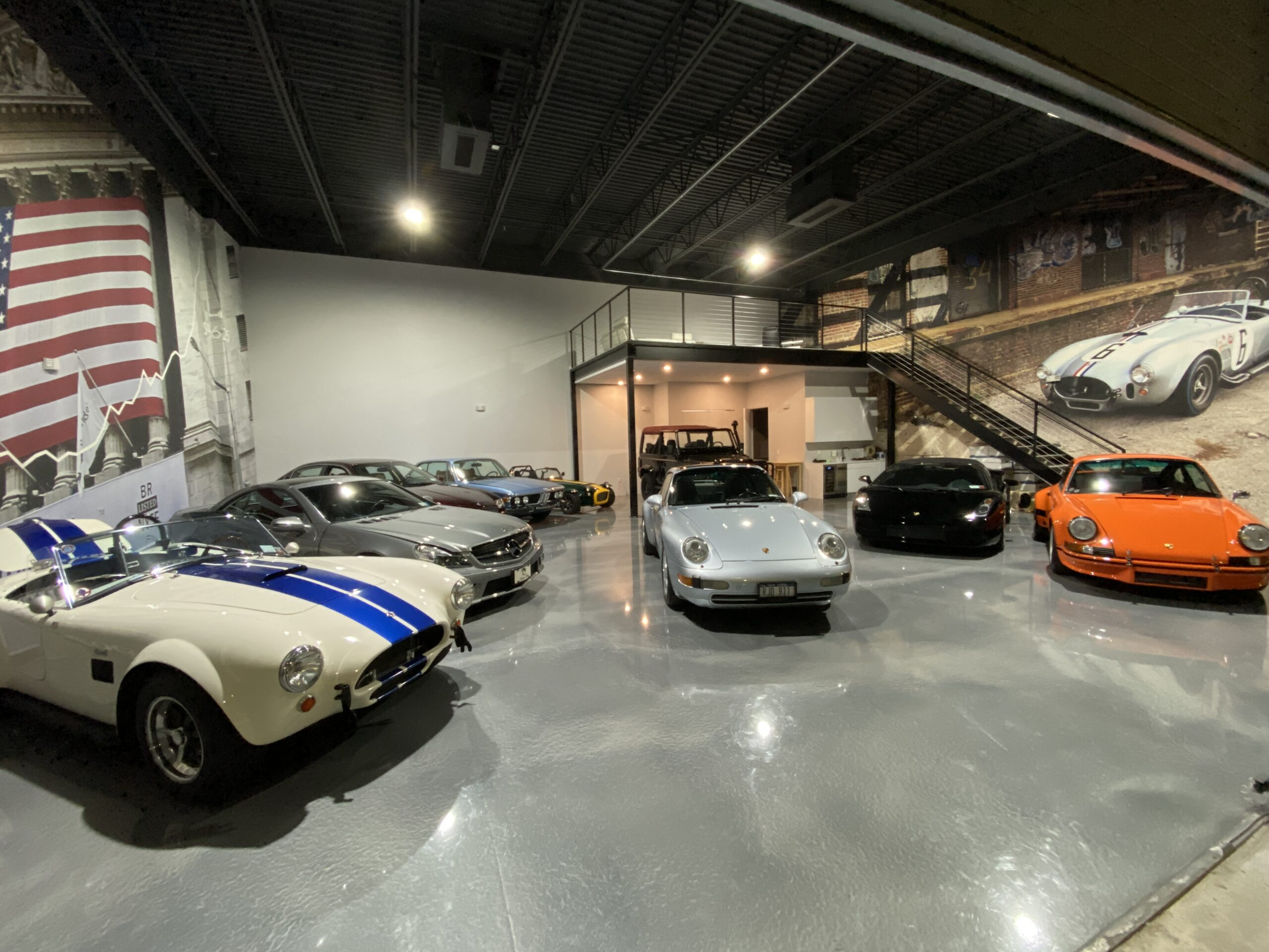 Cobra Ferrari Porsche BMW